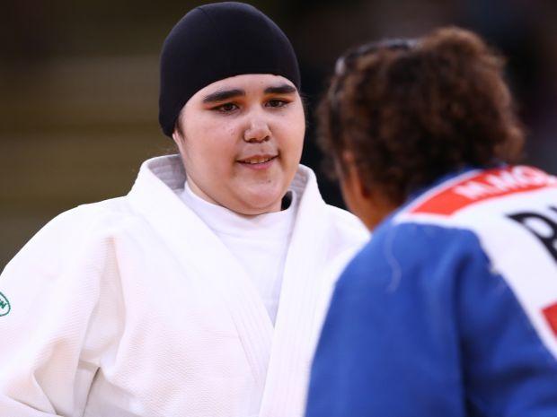 Wodjan Shahrkhani jest pierwszą zawodniczą z Arabii Saudyjskiej, która wystąpiła na IO (fot. Getty Images)