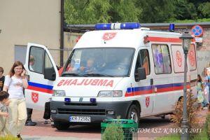 jedna-z-atrakcji-jest-kurs-pierwszej-pomocy-przeprowadzony-przez-maltanska-sluzbe-medyczna-i-polaczony-z-ogladaniem-karetki