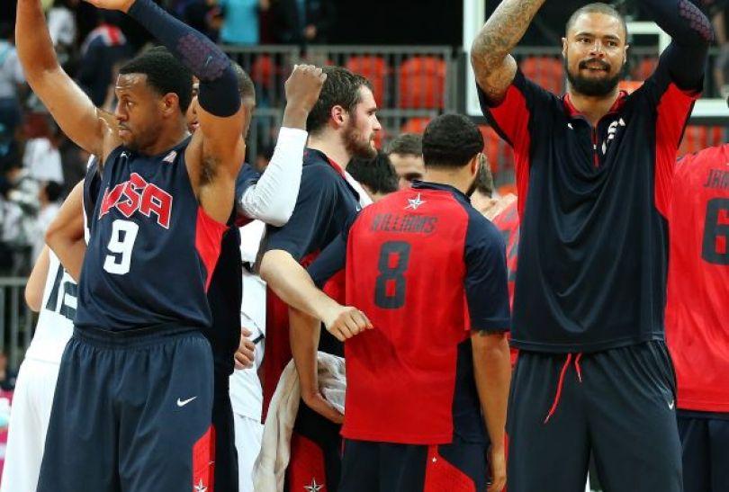 Amerykanie wygrali wszystkie mecze grupowe (fot. Getty Images)
