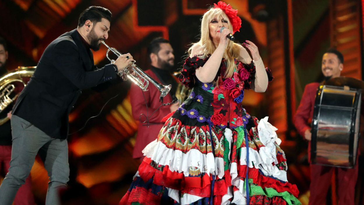 Maryla Rodowicz wystąpiła również z kolektywem Dzambo Agusevi Orchestra z Macedonii (fot. PAP/Grzegorz Momot)