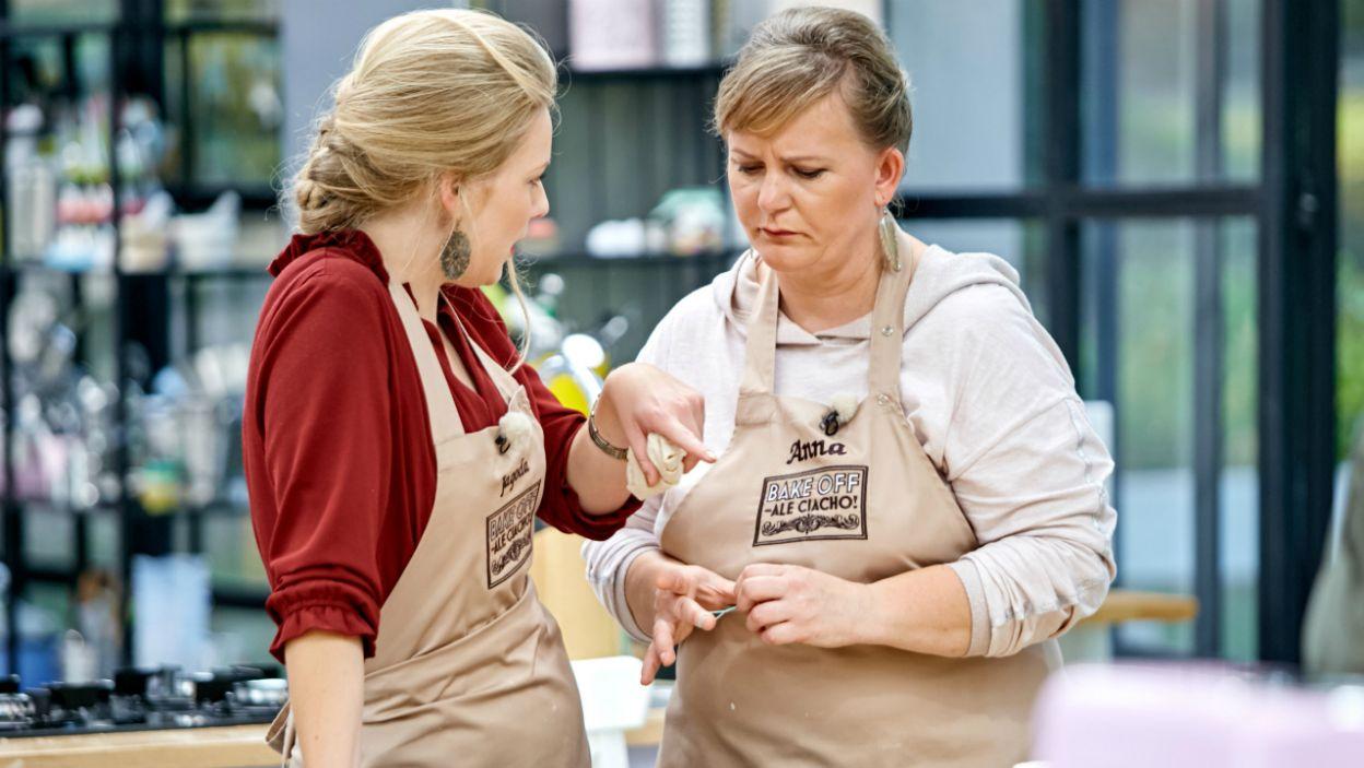 Ciasto rośnie, miny tężeją. Jagoda i Anna obmyślają strategię działania (fot. TVP)