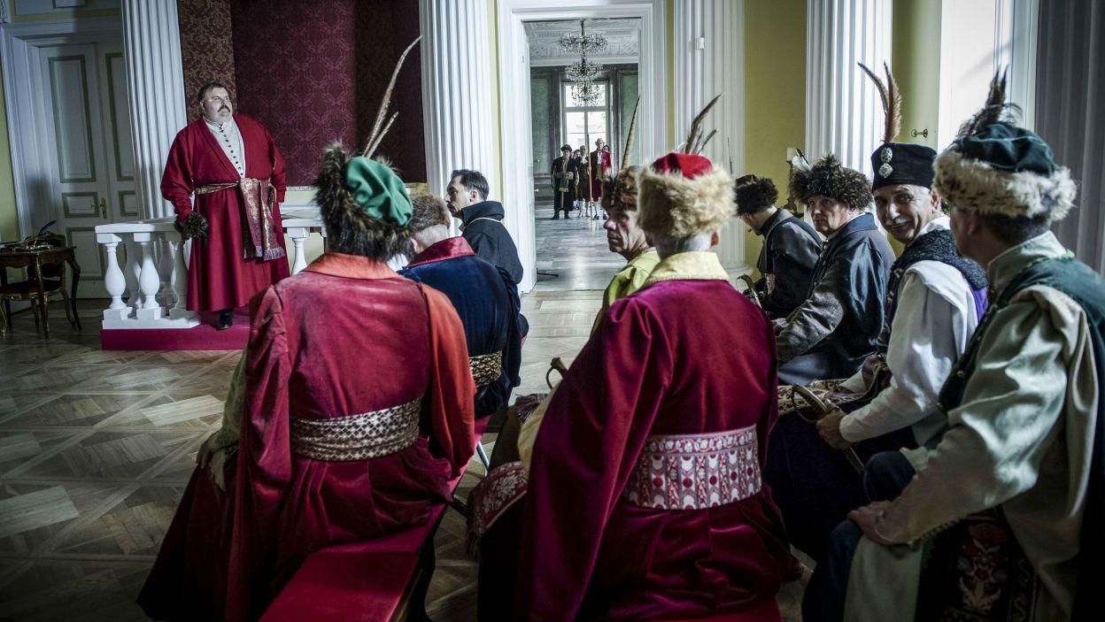 Skonfederowany Sejm Rozbiorowy zatwierdzić miał rozbiór Polski pomiędzy Rosję, Austrię i Prusy (fot. Natasza Młudzik/TVP)