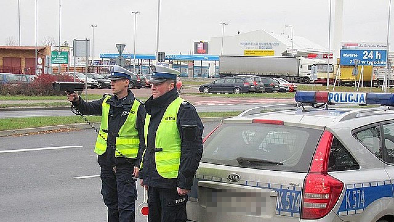 W zatrzymaniu pomogli pasażerowie autobusu oraz inni kierowcy (fot. podkarpacka.policja.gov.pl)