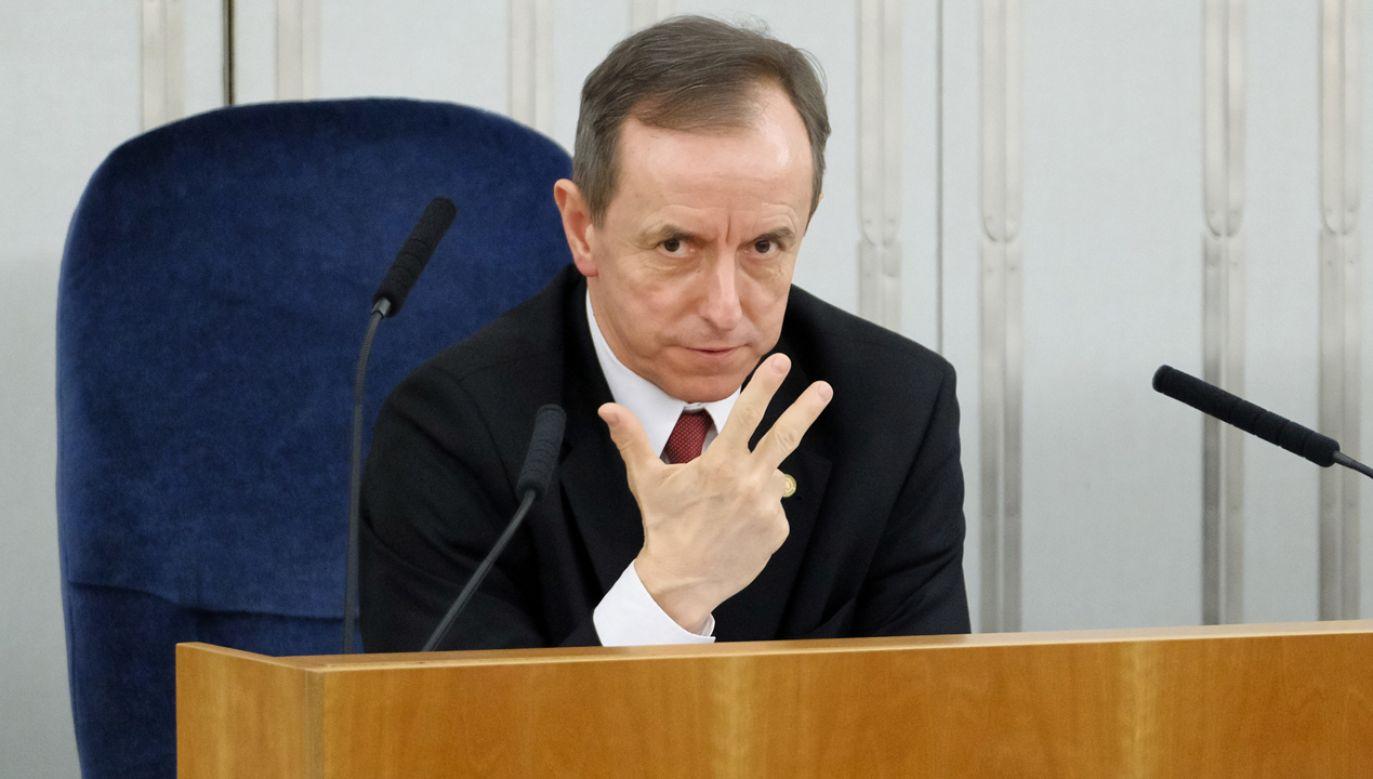 Marszałek Senatu Tomasz Grodzki na sali obrad podczas posiedzenia Senatu, 13 bm. w Warszawie (fot. PAP/Mateusz Marek)