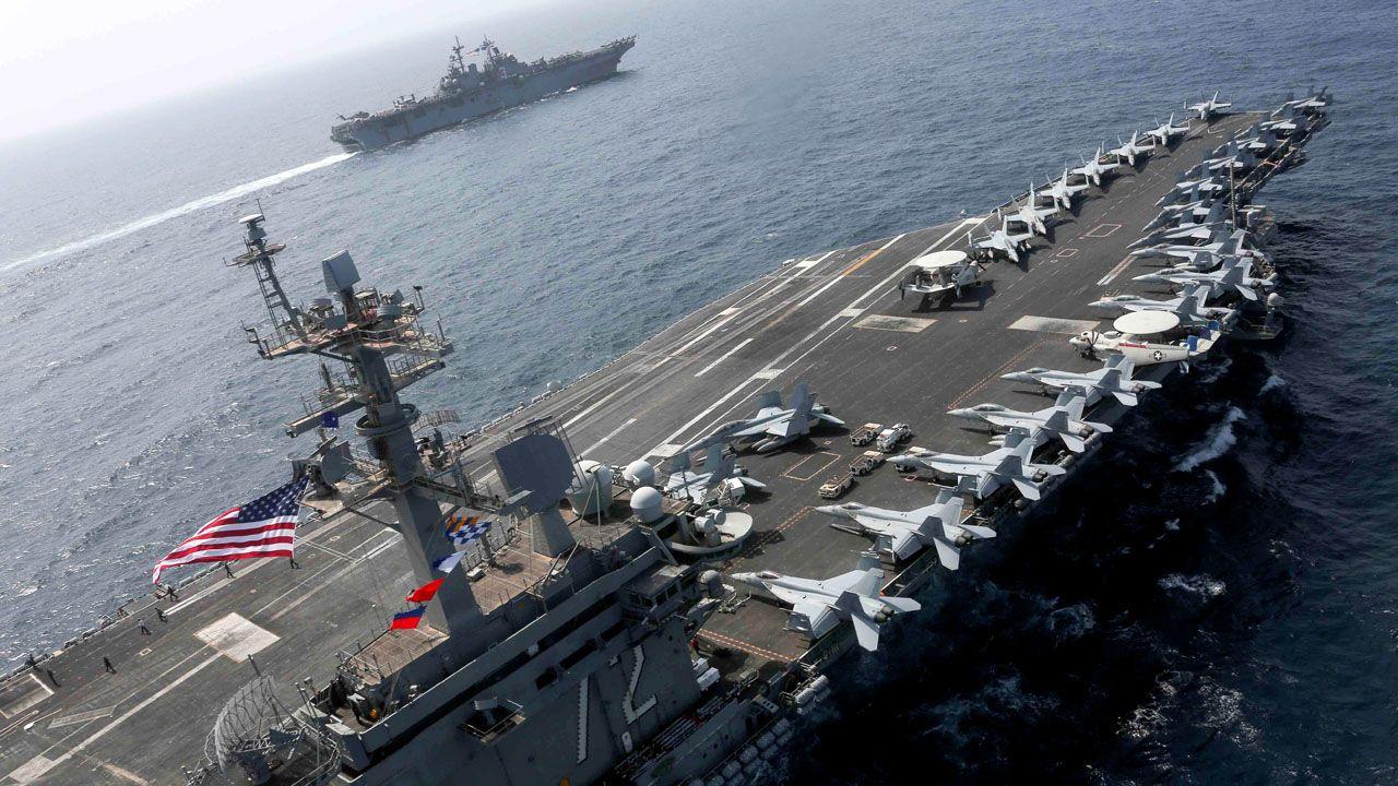 Amerykanie wysłali do Zatoki Perskiej lotniskowiec USS Abraham Lincoln wraz z eskadrą bombowców B-52 (fot. Mass Communication Specialist 1st Class Brian M. Wilbur/U.S. Navy/Handout via REUTERS)