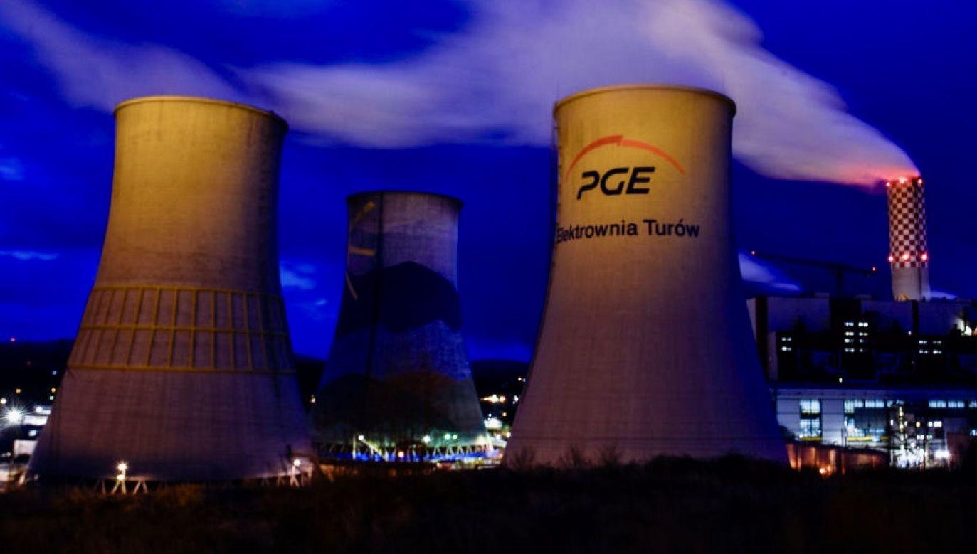 """""""Decyzja ma na celu uproszczenie struktury i procesów operacyjnych Grupy PGE"""" – poinformowano (fot. Omar Marques/Getty Images)"""