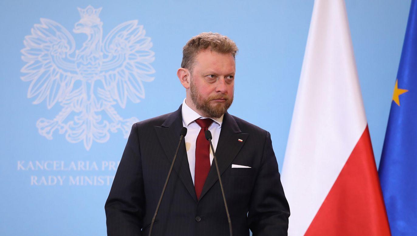 Minister zapewnił, że służby są w pełnej gotowości (fot. PAP/Tomasz Gzell)
