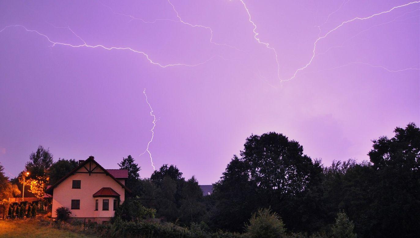 IMGW wydał ostrzeżenie przed burzami z gradem dla sześciu województw Polski (pixabay/JerzyGorecki)