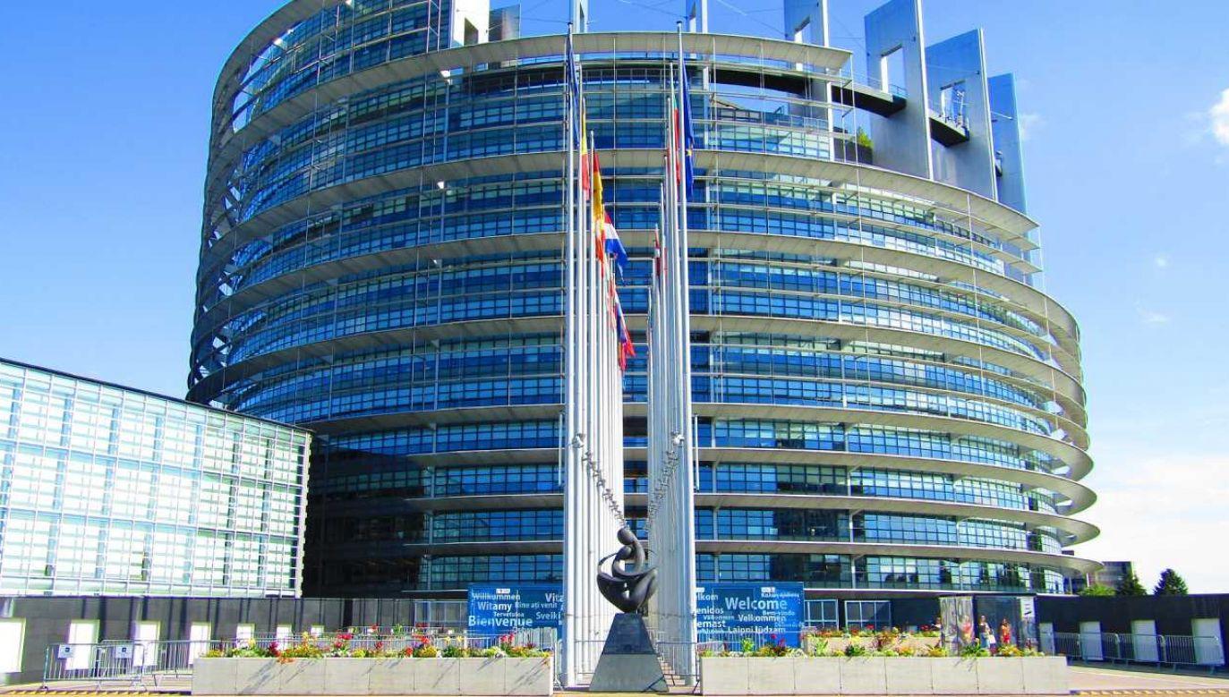 lista sankcyjna mogłaby zostać przyjęta pod koniec sierpnia na nieformalnej Radzie UE ds. zagranicznych  (fot. Pixabay/Endzeiter )