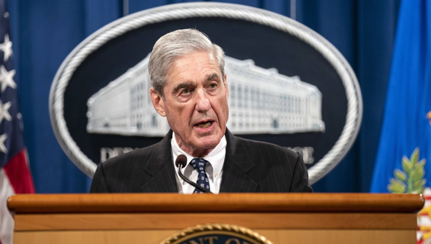 Robert Mueller przedstawił raport ze śledztwa pod koniec marca (fot. arch. PAP/EPA/JIM LO SCALZO)