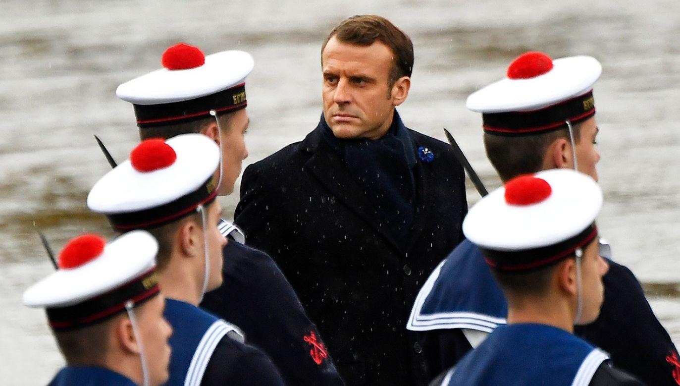 Echa krytycznych słów prezydenta Francji ws. NATO  (fot. Aurelien Meunier/Getty Images)