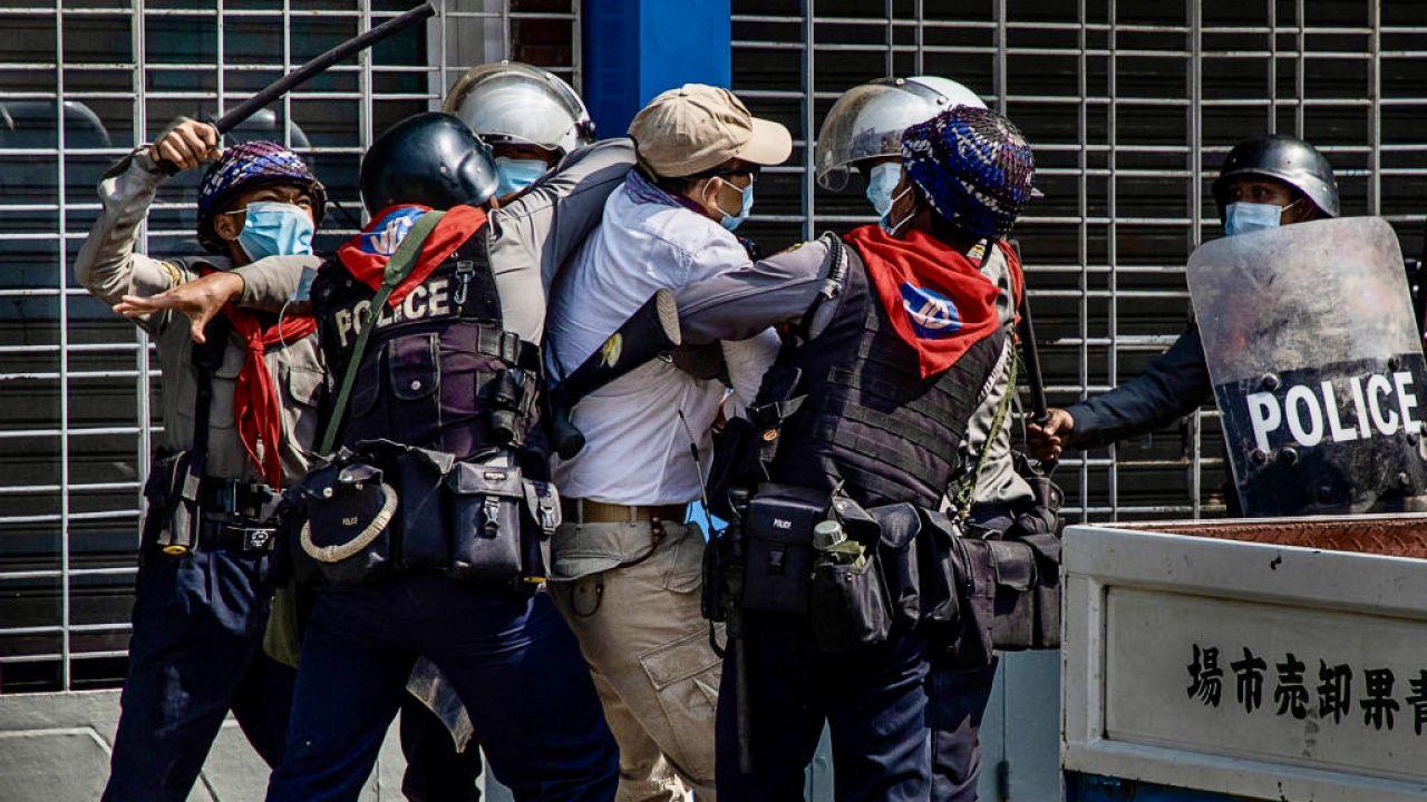 1 lutego birmańska armia obaliła demokratycznie wybrany rząd (fot. H.Lat/Getty Images)