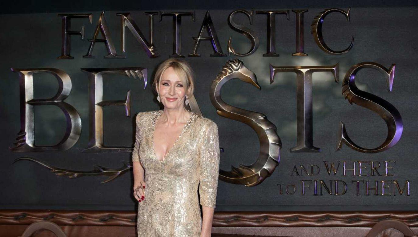 J.K. Rowling znalazła się w ogniu krytyki (fot. arch.PAP/EPA/HAYOUNG JEON)