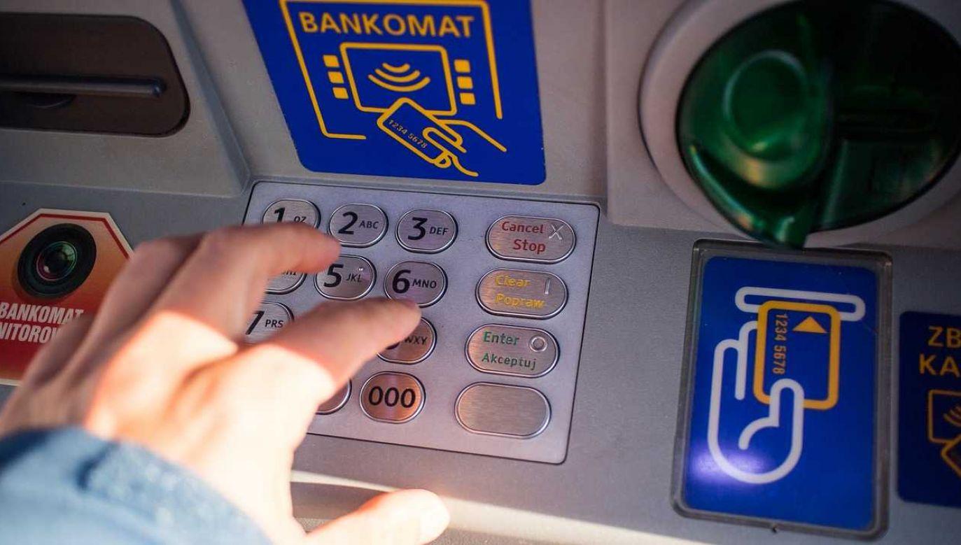 Nowelizacja zlikwidowała konieczność uzyskania pozwolenia na budowę w przypadku instalacji bankomatów (fot. Pixabay)