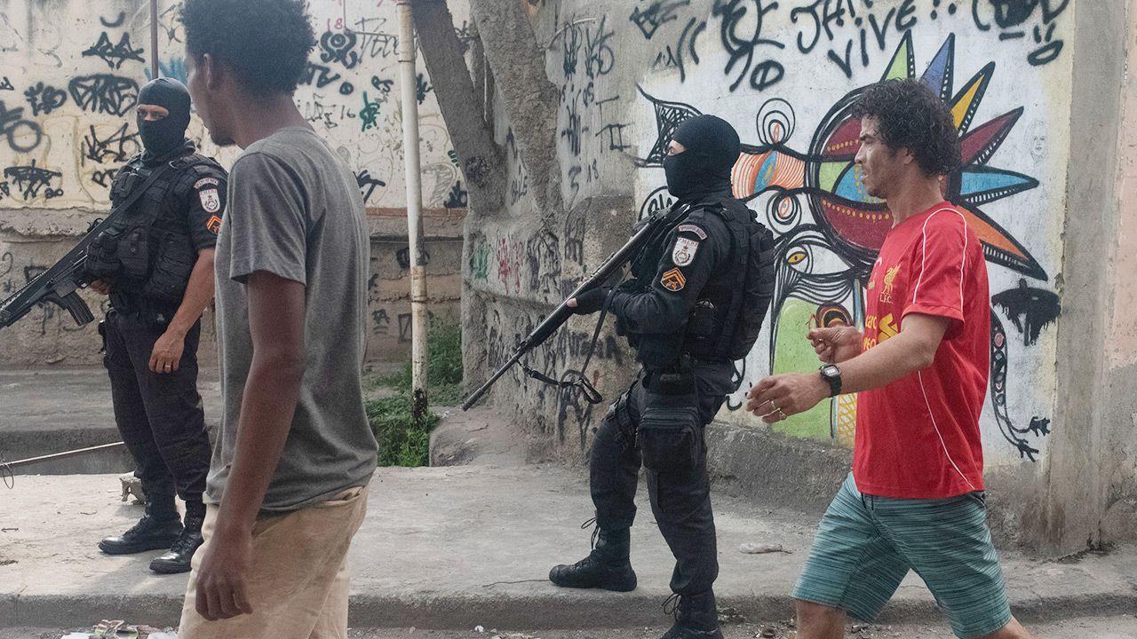 Strzelanina w Rio de Janeiro (fot. Fabio Teixeira/NurPhoto via Getty Images)