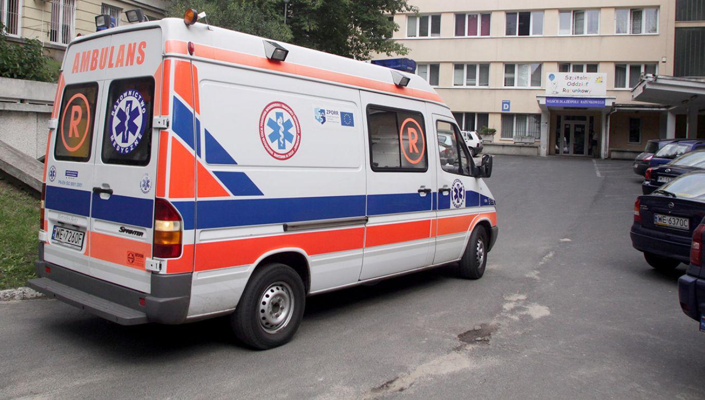 Rodzina domaga się, by sekcja zwłok zmarłego chłopca została przeprowadzona w innym szpitalu (fot. arch.PAP/Tomasz Gzell)