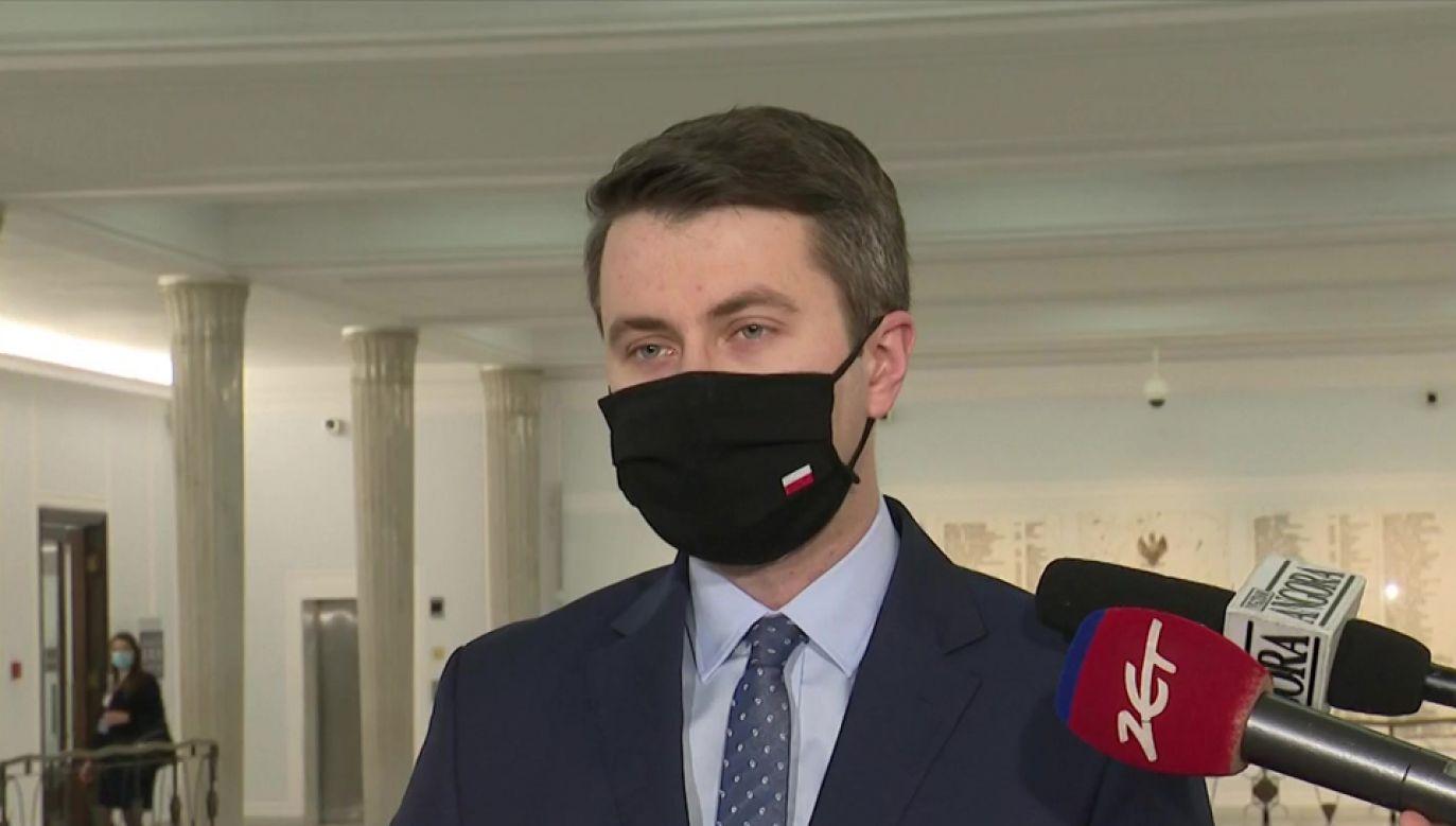 Rzecznik rządu Piotr Müller (fot. TVP Info)