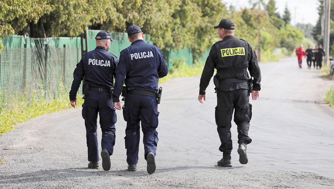 Poszukiwania 5-letniego Dawida Żukowskiego w Grodzisku Mazowieckim (fot. PAP/Jakub Kamiński)