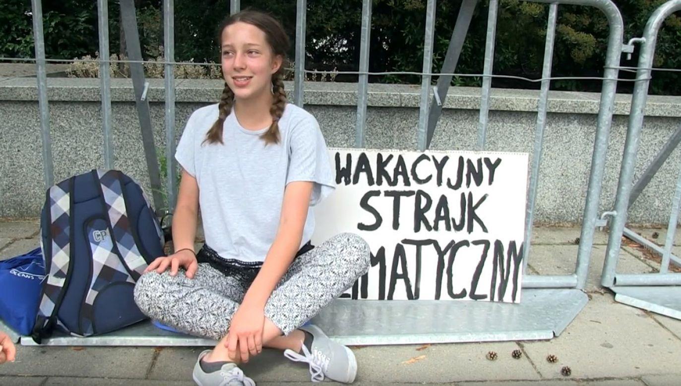 O Zasowskiej zrobiło się głośno w ostatnich dniach, w związku z protestem, który prowadzi ona pod Sejmem (fot. Youtube/Jaap Arriens)