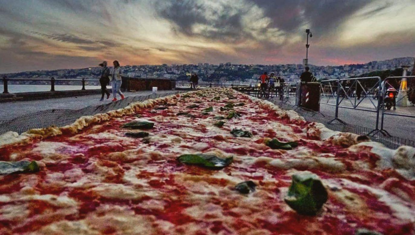 Dochód ze sprzedaży pizzy pomoże australijskim strażakom (fot. FB/Pellegrini's Italian)