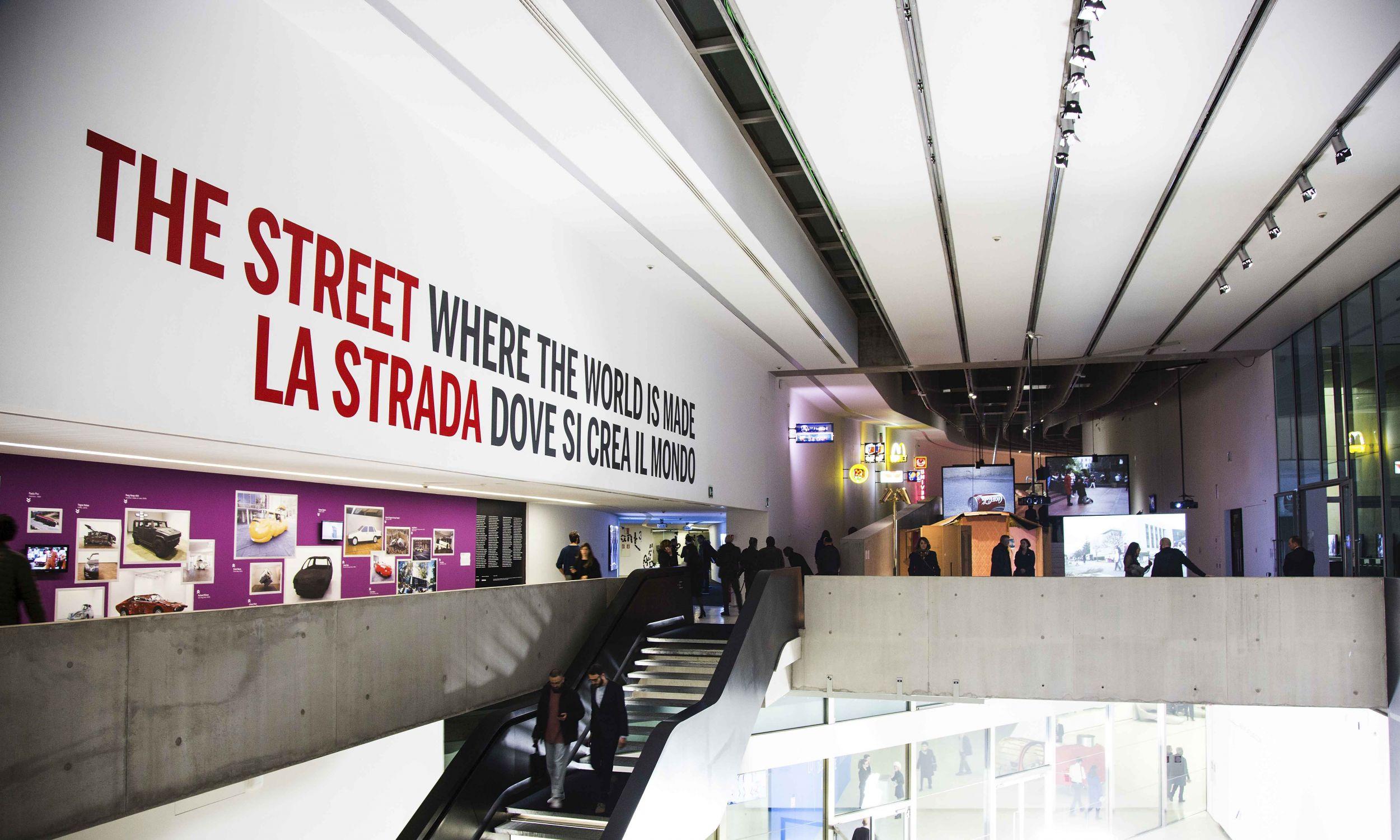 "Wystawa ""Ulica. Tam, gdzie tworzy się świat"". Fot. Musacchio, Ianniello & Ruscio, courtesy Fondazione MAXXI"