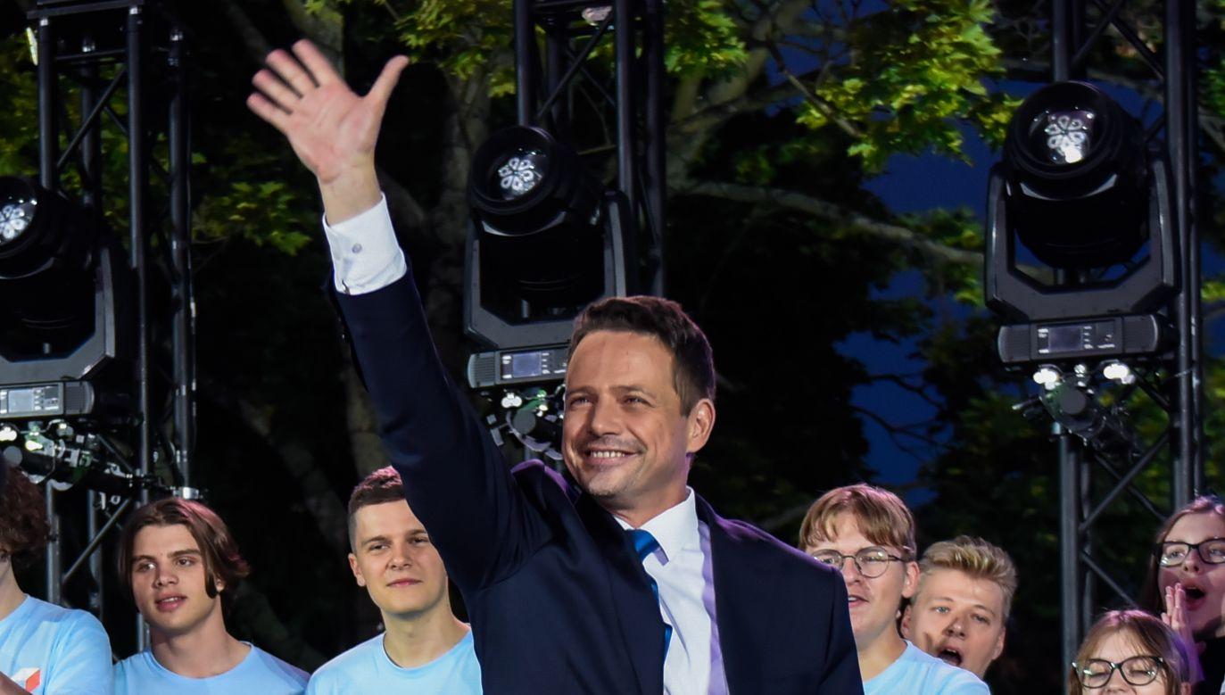 Sondaż. Rafał Trzaskowski lepszy od Donalda Tuska (fot. Omar Marques/Getty Images)
