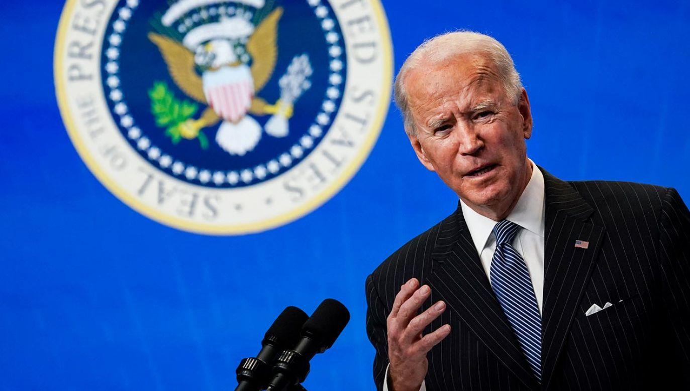 O czym rozmawiali Joe Biden i Władimir Putin? (fot. Drew Angerer/Getty Images)