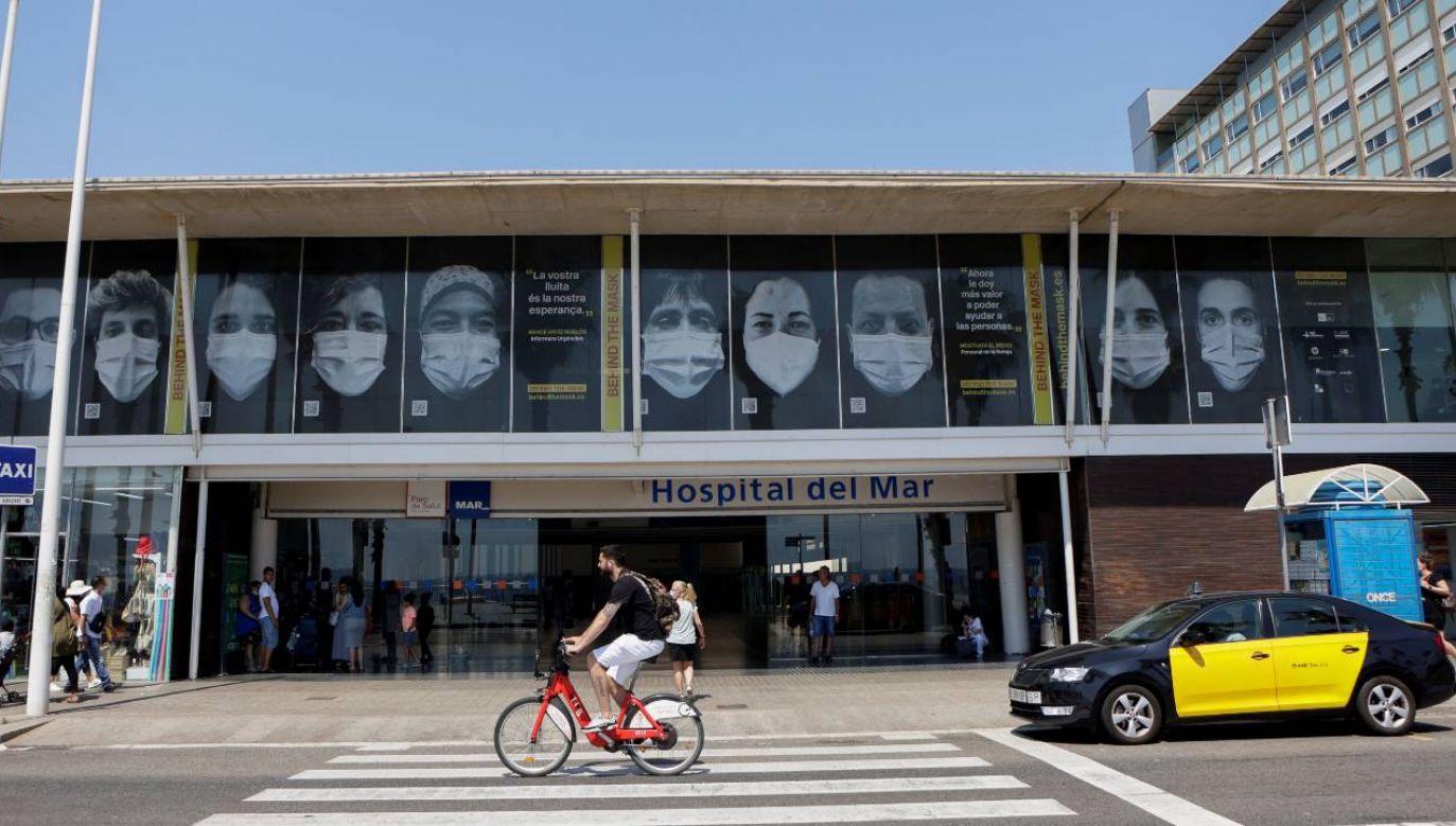 Hiszpania walczy z piątą falą epidemii koronawirusa (fot. PAP/EPA/Quique Garcia)