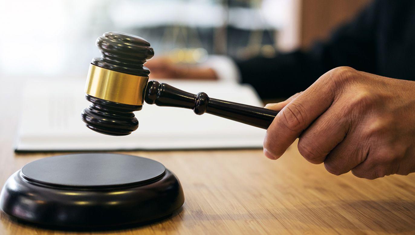 Policjanci wraz z prokuratorem udali się do domu sędziego (fot. Shutterstock/ Freedomz)
