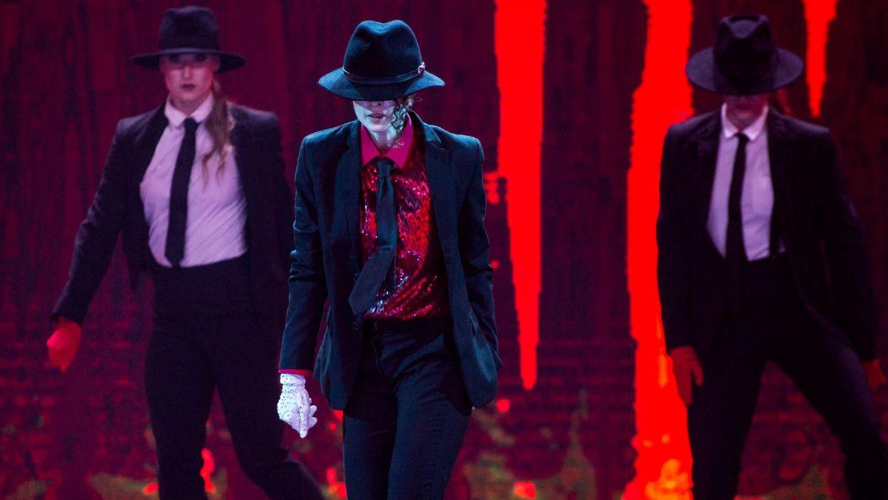 Dla Anny Matysiak to była wyjątkowo choreografia! Emocje były ogromne, gdyż od dziecka uwielbiała piosenki Michaela Jacksona! Jak poradziła sobie na scenie? (fot. TVP)