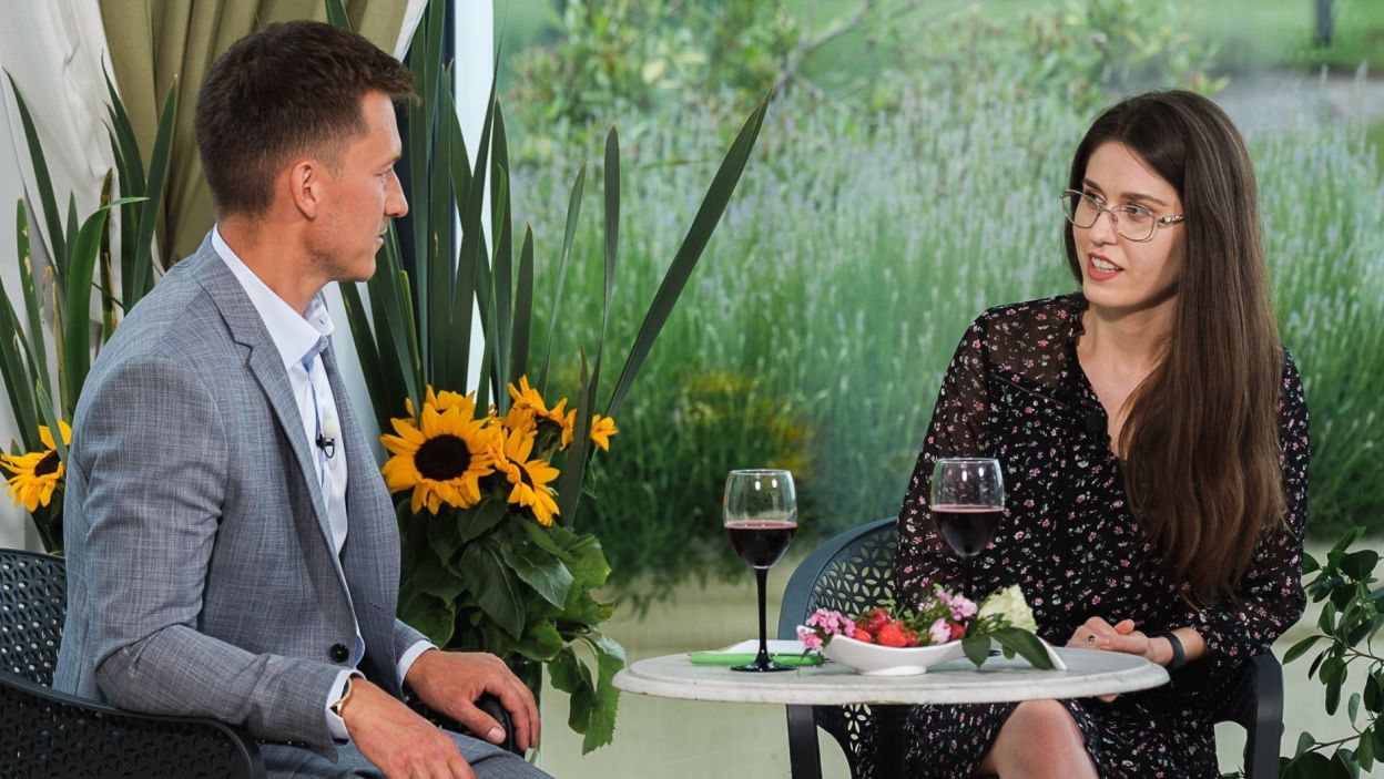 Na randkę z Moniką Maciej czekał najbardziej. Zapracowana nauczycielka na spotkanie przyjechała prosto z pracy (fot. TVP)