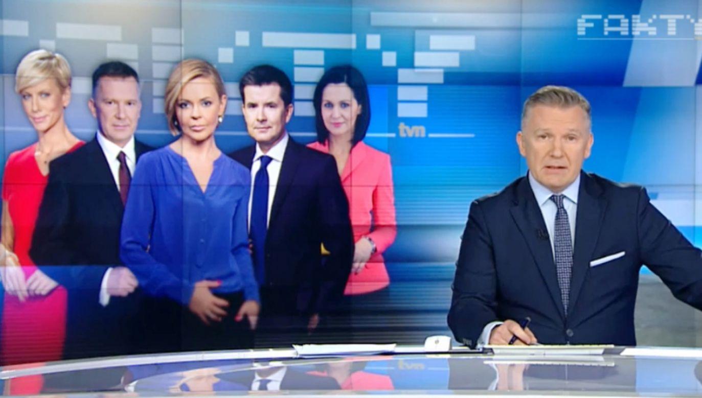 """""""Kajdanowicz z TVN24 nie tylko nie potępił słów Frasyniuka, ale w reakcji »wysypał się« w sprawie oczekiwań stacji"""" (fot.  tvn24 screen)"""