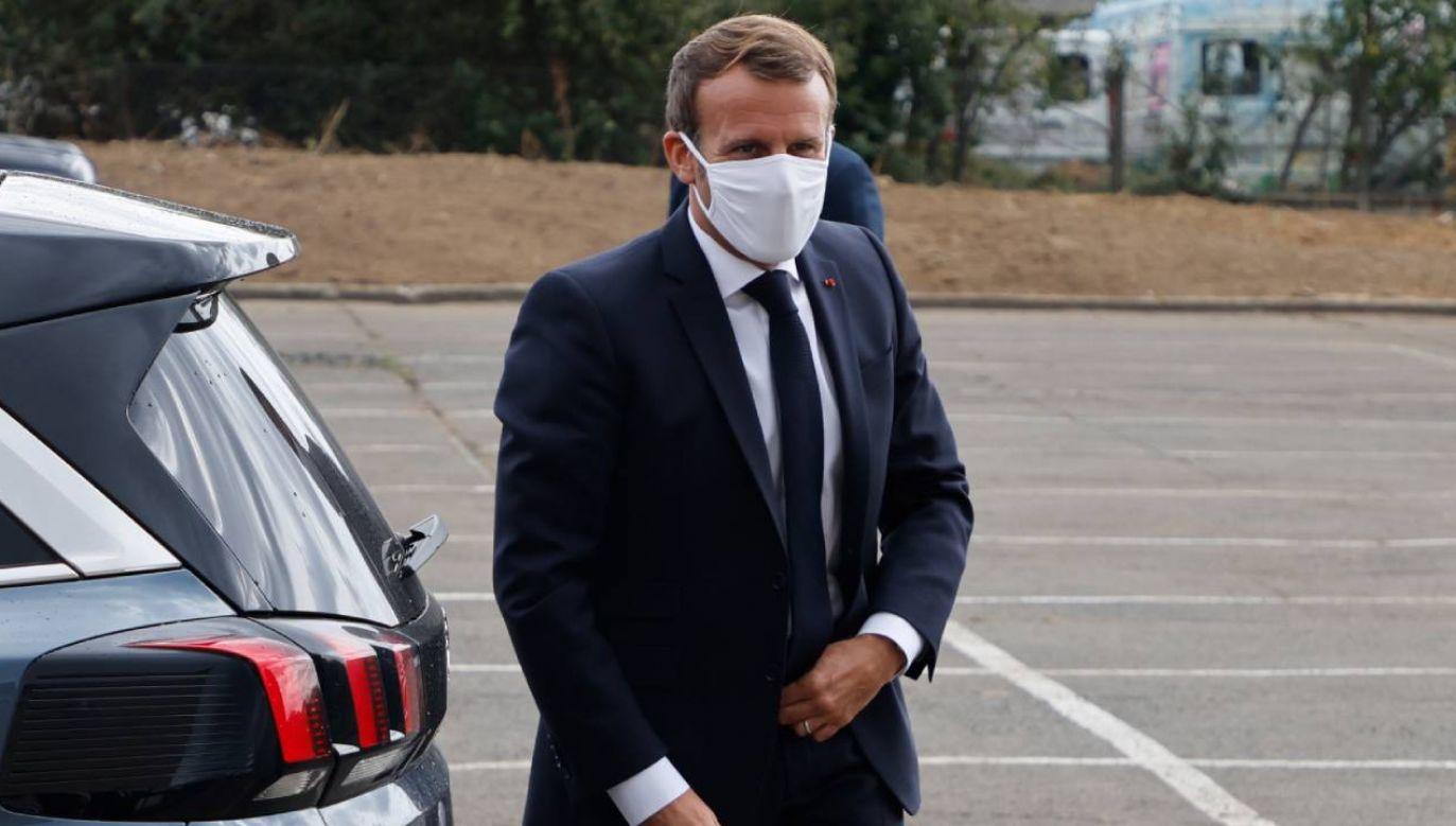 """Macron udzielił wywiadu dla francuskiej gazety """"Le Journal du dimanche"""" (fot. PAP/EPA/LUDOVIC MARIN / POOL)"""