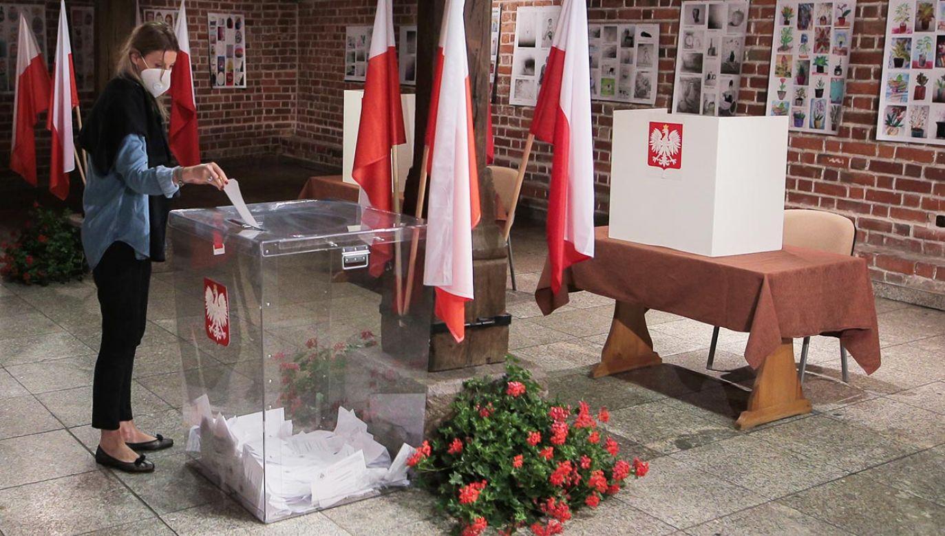 W tych wyborach mieliśmy do czynienia z olbrzymią polaryzacją elektoratu – ocenił Michał Rachoń (fot. Krzysztof Zatycki/NurPhoto via Getty Images)