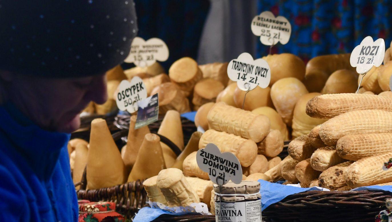 Polska jest jednym z największych producentów serów na świecie (fot. Artur Widak/NurPhoto via Getty Images)