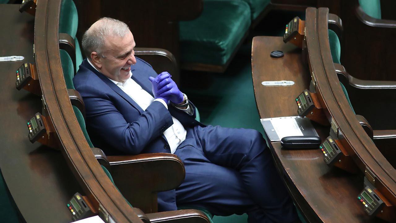 Słowa byłego przewodniczącego wywołały burzę (fot. PAP/Leszek Szymański)