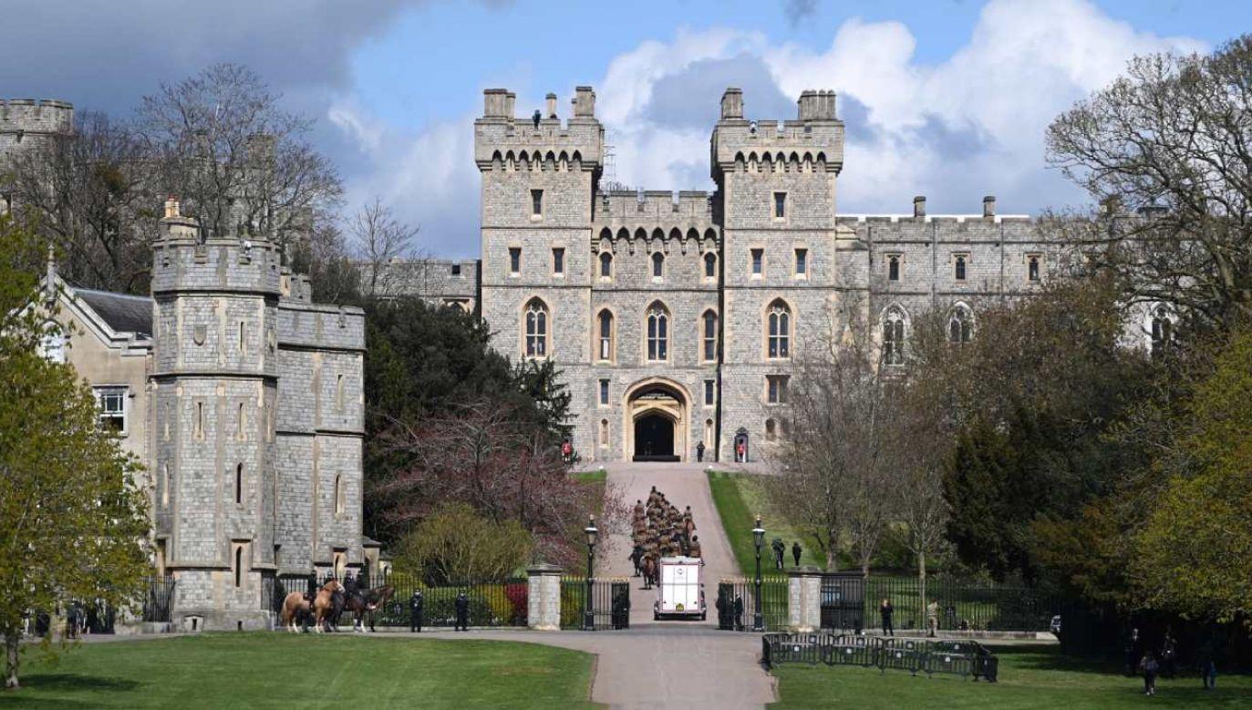 Książę Filip, mąż królowej brytyjskiej Elżbiety II spocznie w podlondyńskim Windsorze (fot. PAP/EPA/ANDY RAIN)