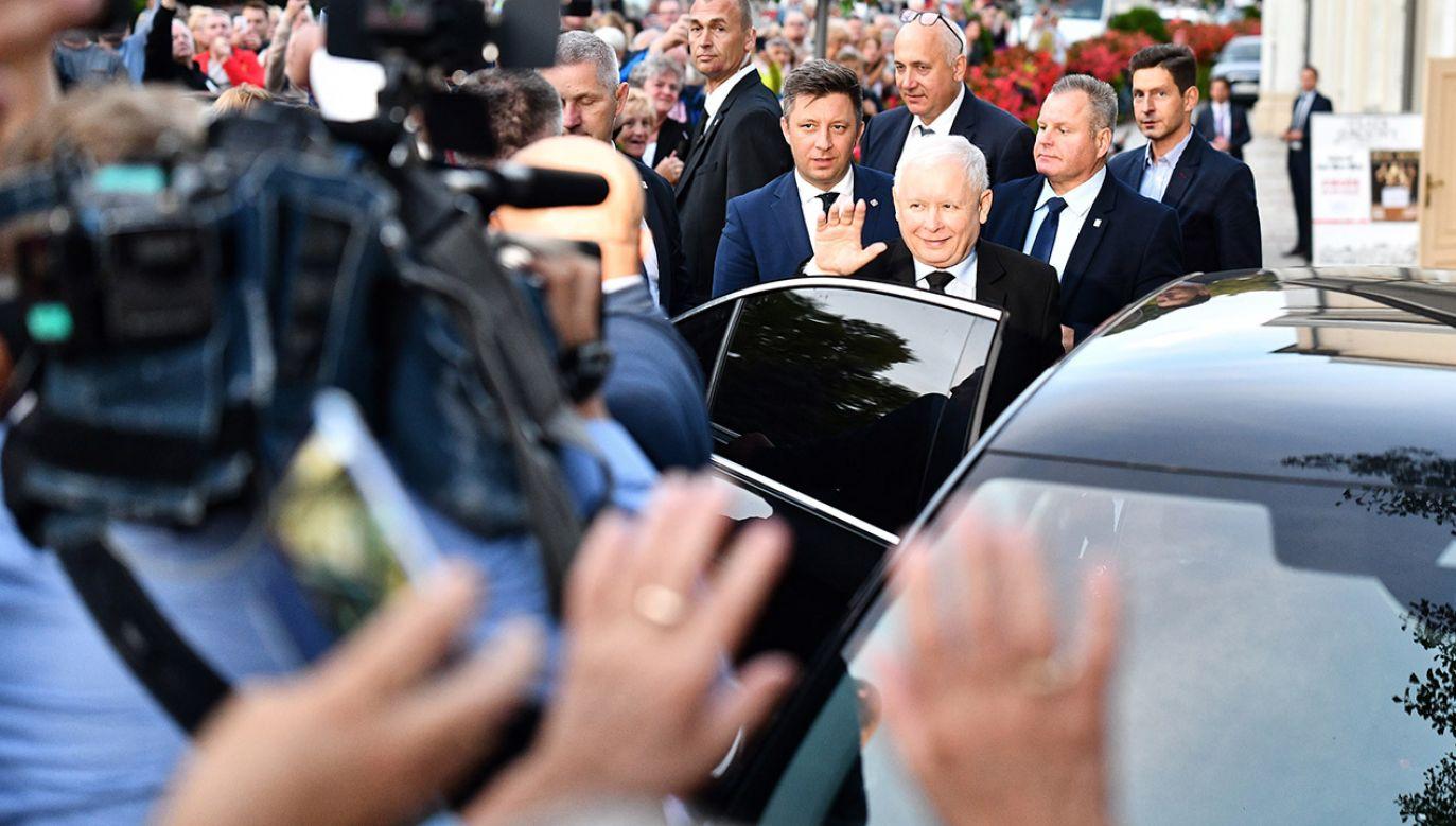 Jarosław Kaczyński na spotkaniu przedwyborczym (fot.  PAP/Jan Karwowski)