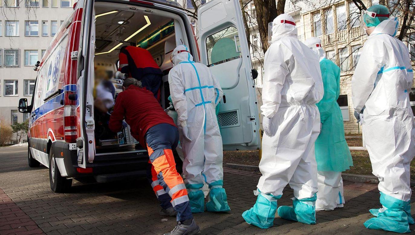 Nowe dane o stanie epidemii w Polsce (fot. PAP/Leszek Szymański)