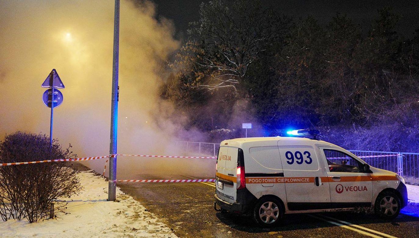 To już kolejne problemy z ciepłem w stolicy (fot. PAP/Mateusz Marek)