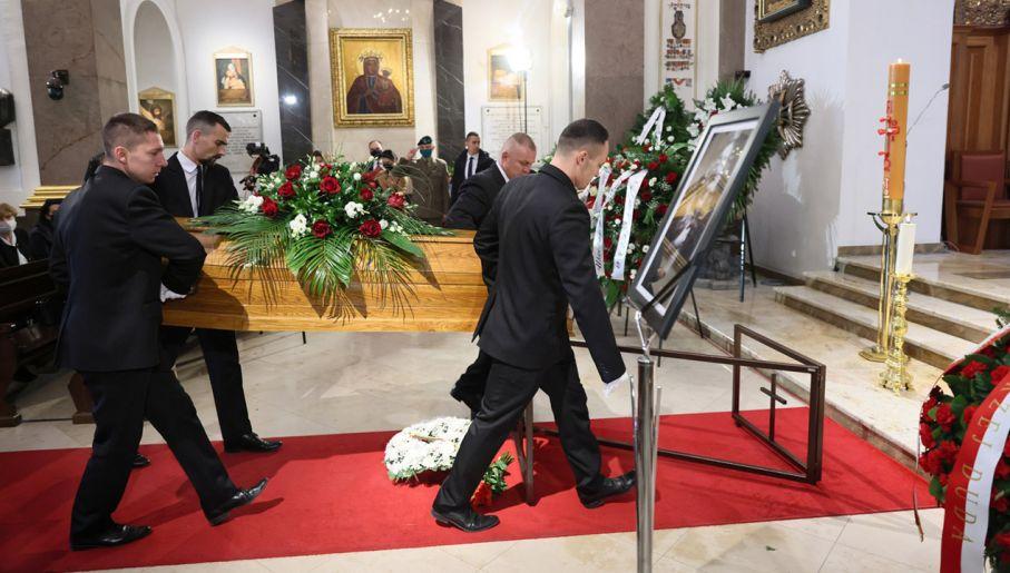 Uroczystości pogrzebowe Jerzego Targalskiego (fot. PAP/Leszek Szymański)