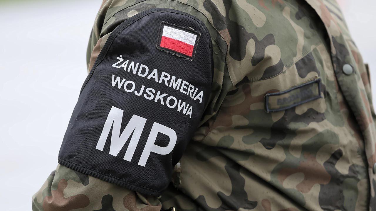 Żandarmi aktywnie włączyli się w zwalczanie pandemii COVID-19 (fot. PAP/Tomasz Gzell)