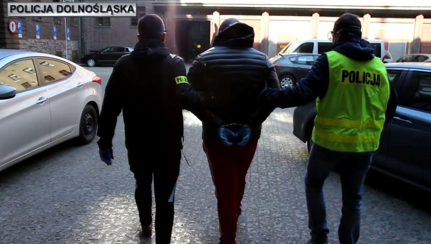 Zatrzymano kobietę i dwóch mężczyzn (fot. Policja)