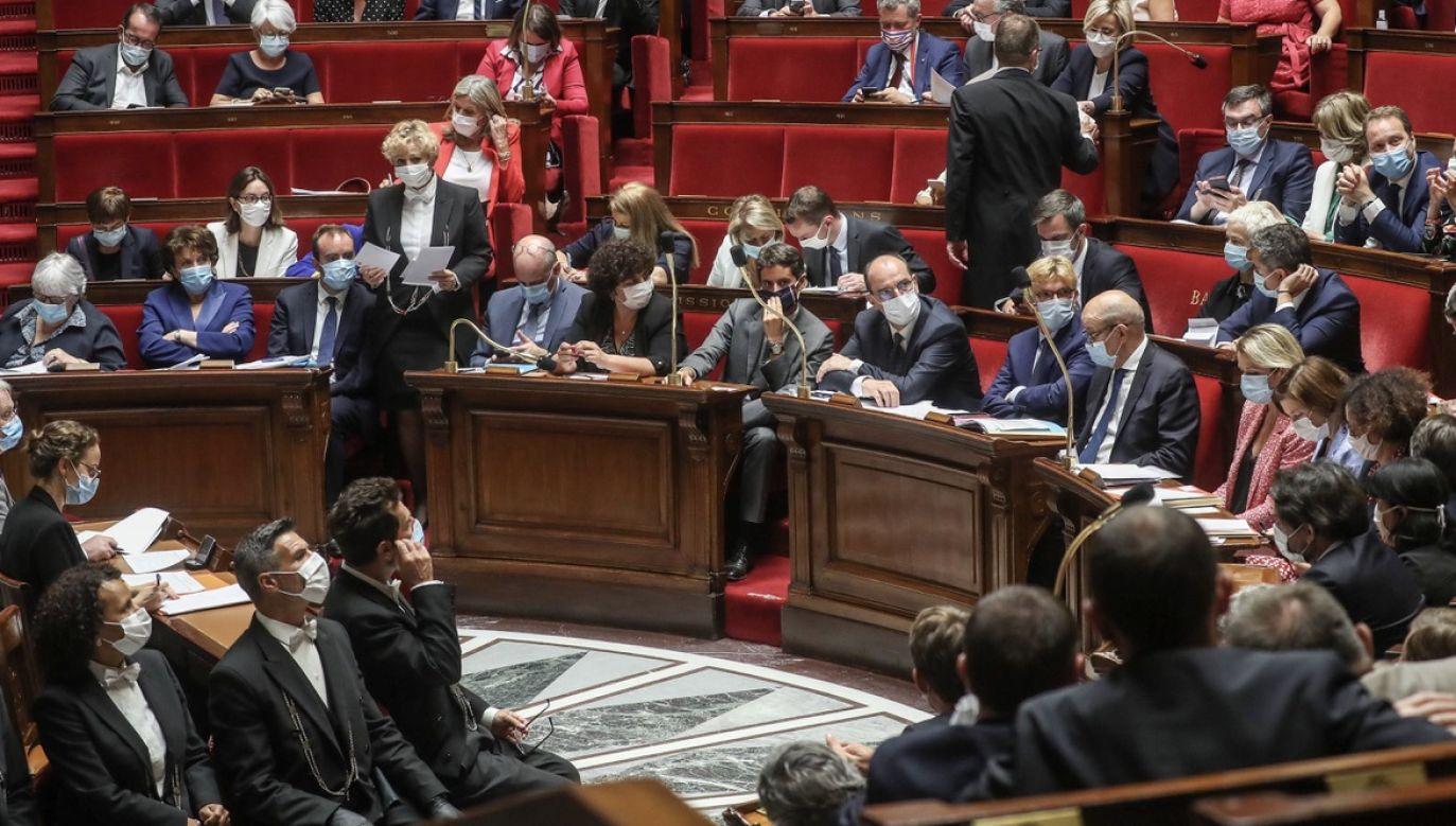 Zmiany w prawie bioetycznym były przedmiotem masowych protestów we Francji rok temu (fot. PAP/EPA/CHRISTOPHE PETIT TESSON)