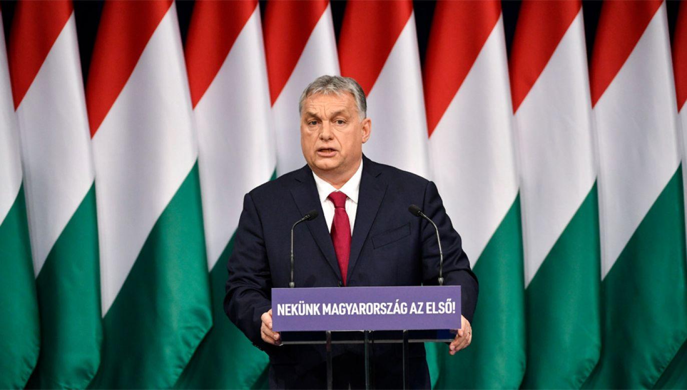 Viktor Orban ocenił, że ostatnia dekada była dla Węgier najlepszą w ciągu stu lat (fot. PAP/EPA/Zsolt Szigetvary)