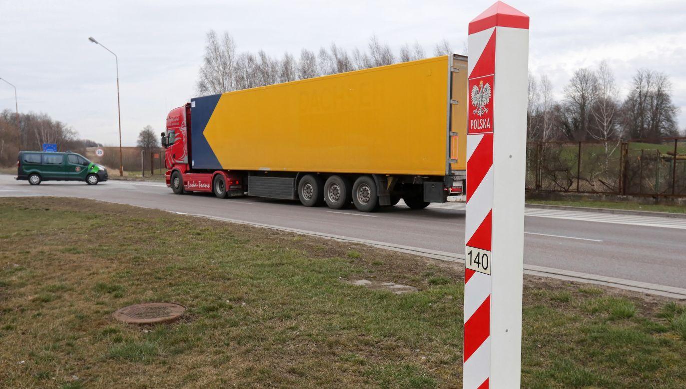 Polska zamknęła granicę dla cudzoziemców (fot.PAP/Artur Reszko)