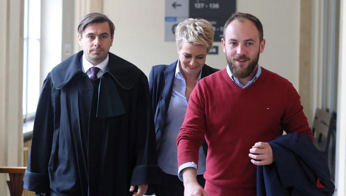 Tomasz Piotrowski (z prawej) to jeden z najbliższych współpracowników prezydent Łodzi Hanny Zdanowskiej (w centrum)(fot. PAP/Roman Zawistowski)