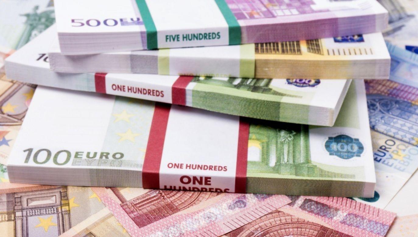 Zabezpieczono mienie podejrzanych na łączną kwotę blisko 10 mln złotych (fot. Shutterstock/Ewa Studio)