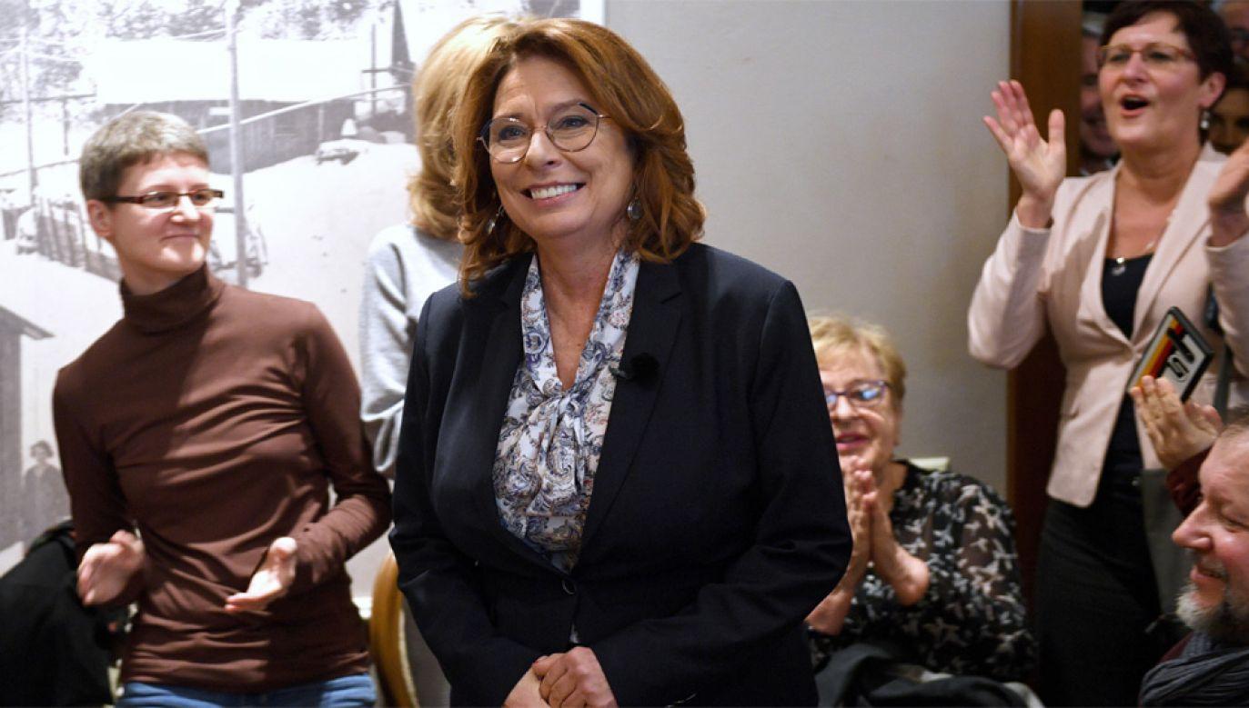 Małgorzata Kidawa-Błońska walczy o głosy wyborców (fot. PAP/Darek Delmanowicz)