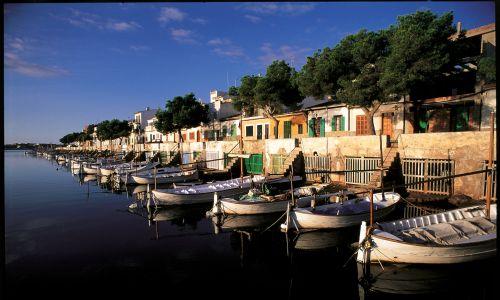 Port Colon na Majorce. Fot. Bruno PEROUSSE/Gamma-Rapho via Getty Images